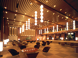 hotel_okura_lobby.jpg