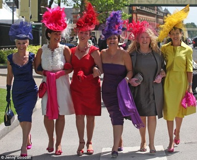 royal_ascot_ladies.jpg